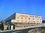 Nave logística con núcleo de oficinas - 10000 m2