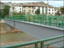 Estructura metálica para pasarela peatonal. Ateca (Zaragoza)