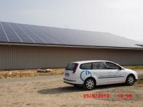 Estructura fotovoltaica en cubierta. Chauvigny (Francia)