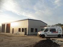 Nave exposición modular con entreplanta ECORAPID. 315m2 Bordeaux (Francia)