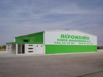 Nave exposición de maquinaria en Manzanares (Ciudad Real). 600 m2