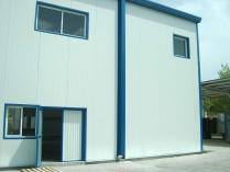 Oficina-laboratorio. Nave ECORAPID prefabricada. Parets del Vallés (Barcelona). 200 m2