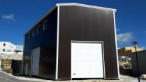 Nave prefabricada metálica. 300m2 Roquefort-la-Bédoule (Francia)