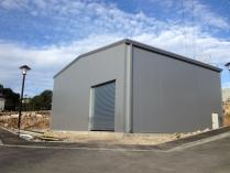 Nave modular prefabricada ECORAPID. 300m2 Roquefort (Francia)