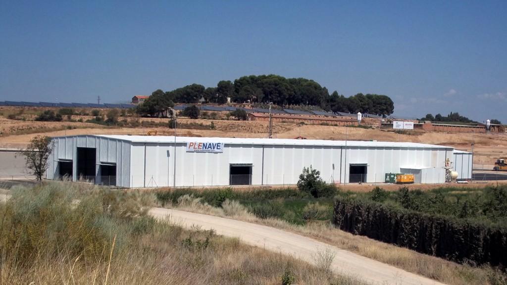 Hangar préfabriqué métallique modulaire temporaire PLENAVE