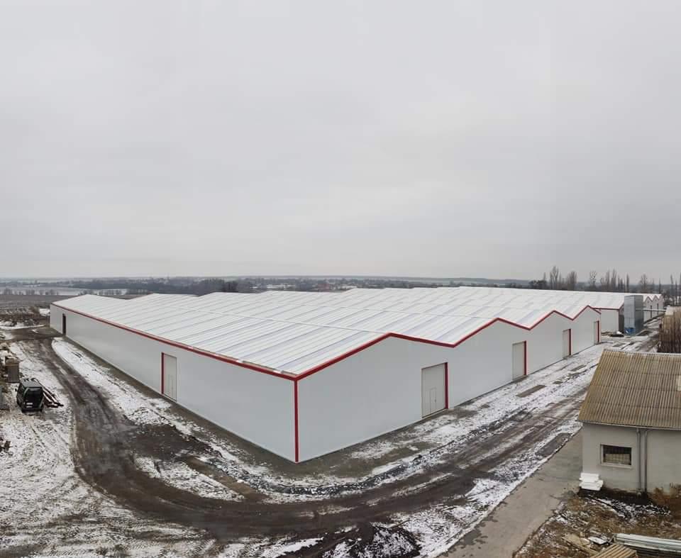 Hangar métallique préfabriqué