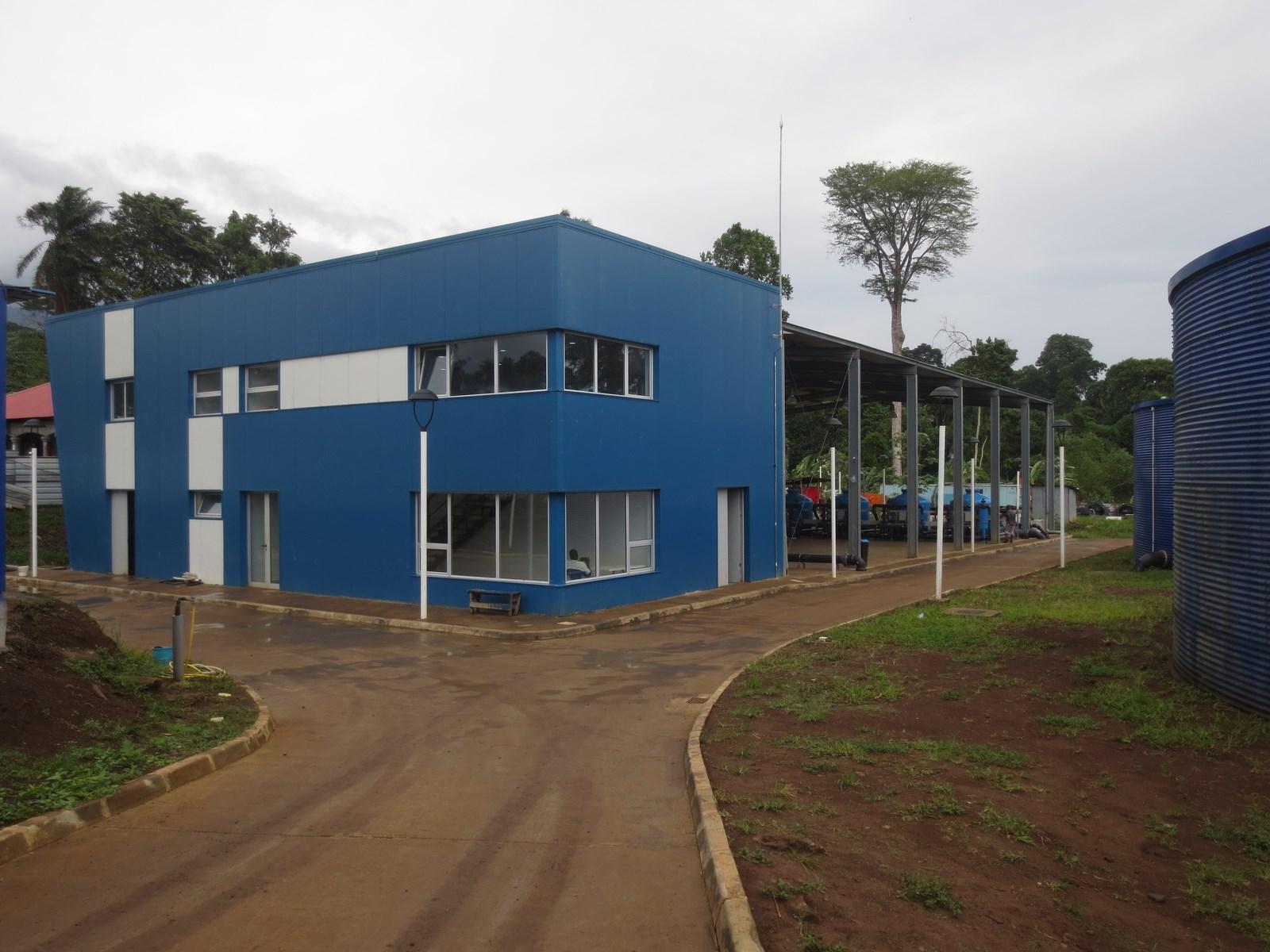 Bâtiment métallique pour bureaux